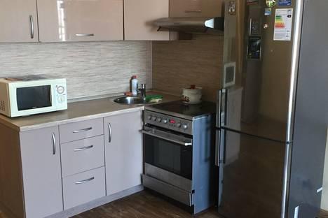 Сдается 1-комнатная квартира посуточно в Иркутске, ул. Депутатская 84/1.