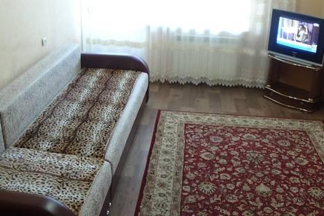 Сдается 2-комнатная квартира посуточно в Волжском, ул.Дружбы 99.
