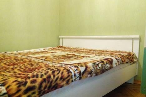 Сдается 2-комнатная квартира посуточно в Белгороде, проспект Б.Хмельницкого, 102.