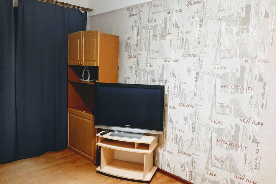 Скромный дизайн потолков в квартире фото те