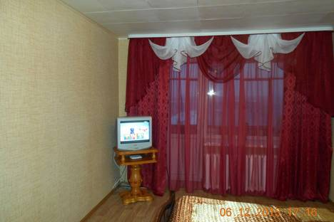 Сдается 1-комнатная квартира посуточнов Стерлитамаке, проспект Октября, 43.