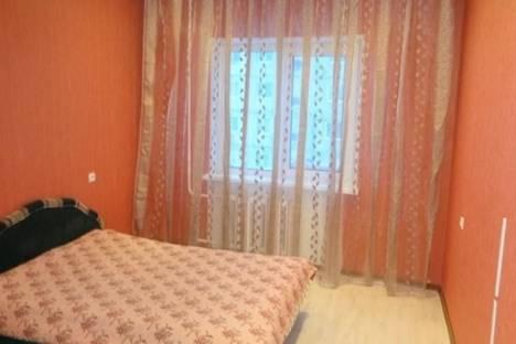 Сдается 2-комнатная квартира посуточно в Кировске, Олимпийская, 87.