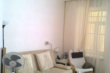 Сдается 2-комнатная квартира посуточнов Санкт-Петербурге, Марата 37.