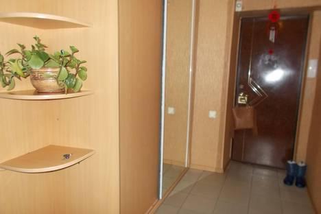 Сдается 3-комнатная квартира посуточно в Ульяновске, Докучаева 2.