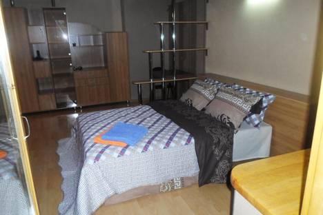 Сдается 1-комнатная квартира посуточно в Алматы, микрорайон Орбита-4, 7.