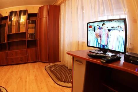 Сдается 1-комнатная квартира посуточнов Щёкине, ул. Михеева, 11А.