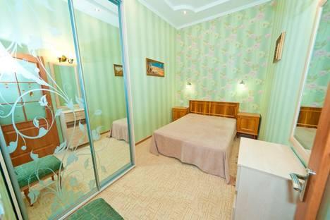Сдается 2-комнатная квартира посуточнов Орджоникидзе, улица Победы, 12.