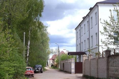 Сдается 3-комнатная квартира посуточнов Старой Руссе, Генерала Штыкова набережная, 3.