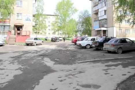 Сдается 2-комнатная квартира посуточно в Верхнем Уфалее, Бабикова, 68.