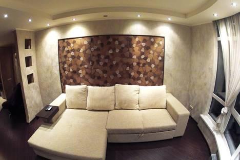 Сдается 2-комнатная квартира посуточнов Перми, ул. Вильвенская, 6.