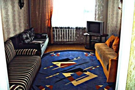 Сдается 3-комнатная квартира посуточно в Лиде, ул. 7-го Ноября.