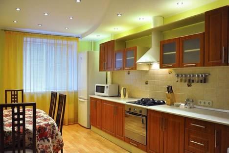 Сдается 1-комнатная квартира посуточно, Невская 11а.