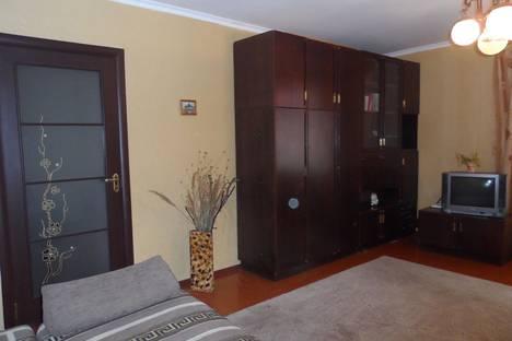 Сдается 1-комнатная квартира посуточно в Феодосии, Революционная 14.