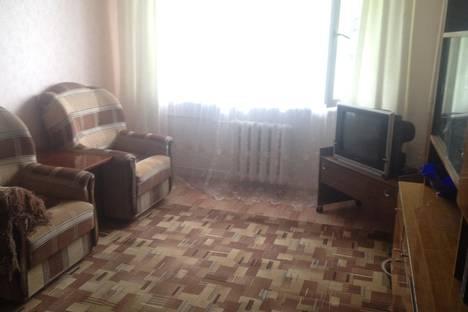 Сдается 2-комнатная квартира посуточно, ул. Гагарина, 46.