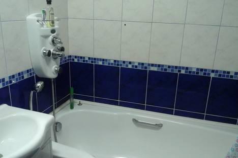 Сдается 3-комнатная квартира посуточно в Ульяновске, проспект Академика Филатова, 9.