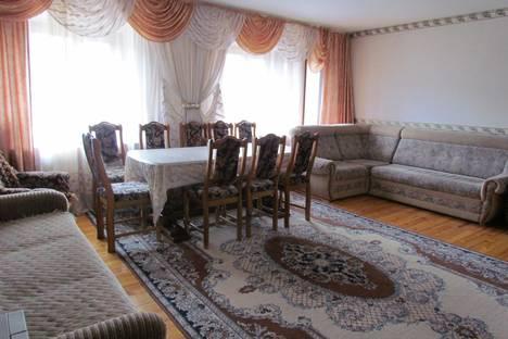 Сдается 5-комнатная квартира посуточнов Белокурихе, ак. Мясникова 14.