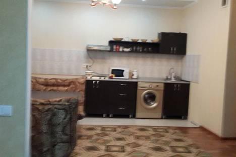 Сдается 1-комнатная квартира посуточно в Актобе, ул. Алабяна, 16.