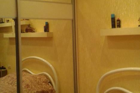 Сдается 2-комнатная квартира посуточно в Кировске, Олимпийская, 69.