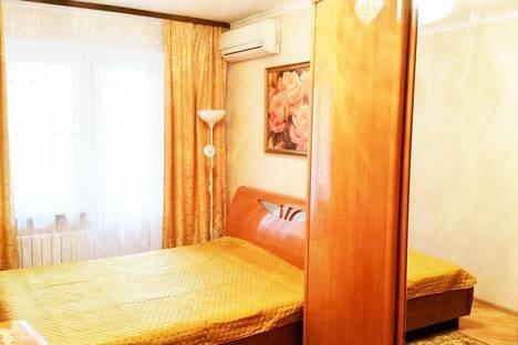 Сдается 3-комнатная квартира посуточно в Ростове-на-Дону, ул. Еременко, 56.