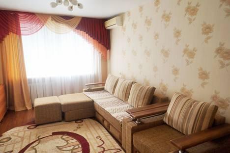 Сдается 3-комнатная квартира посуточно в Ростове-на-Дону, ул. 339 Стрелковой Дивизии, 17/2.