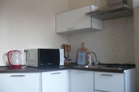 Сдается 2-комнатная квартира посуточно в Ангарске, 102-й квартал, 3.
