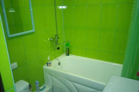 Сдается 1-комнатная квартира посуточно в Альметьевске, ул. Радищева, 13.