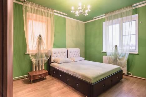 Сдается 3-комнатная квартира посуточно в Тольятти, Молодежный бульвар, 13.