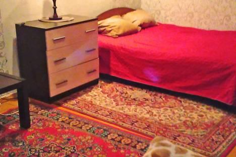 Сдается 1-комнатная квартира посуточно в Нижнем Тагиле, Первомайская,д.32.