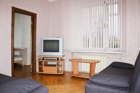 Сдается 3-комнатная квартира посуточнов Екатеринбурге, ул. Воеводина, 4.