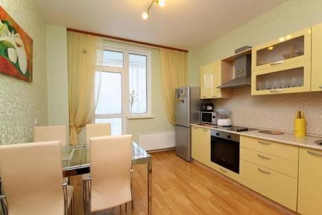 Сдается 1-комнатная квартира посуточнов Екатеринбурге, Красный переулок, 8.