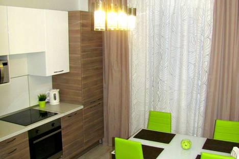 Сдается 1-комнатная квартира посуточно в Екатеринбурге, улица Краснолесья, 127.