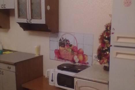 Сдается 1-комнатная квартира посуточно в Бердске, Кристальная 3.