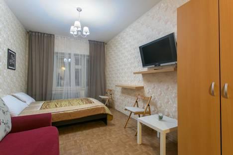 Сдается 1-комнатная квартира посуточно в Санкт-Петербурге, Варшавская ул., 19к2.