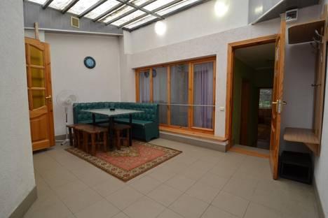 Сдается 2-комнатная квартира посуточно, Ленина 3.