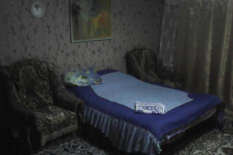 Сдается 2-комнатная квартира посуточнов Павлове, переулок Володарского.д.4.