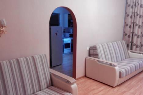 Сдается 1-комнатная квартира посуточнов Кировске, Олимпийская 83.