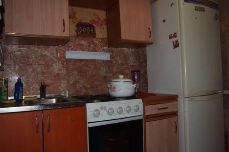 Сдается 2-комнатная квартира посуточно в Серпухове, ул.Центральная, д.157б.