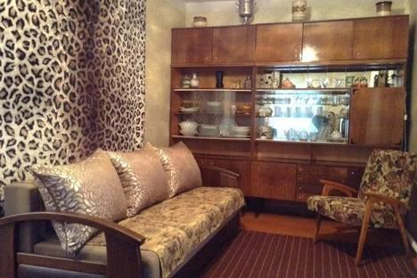 Сдается 2-комнатная квартира посуточно в Борисоглебске, ул. Третьяковская, 44/3.