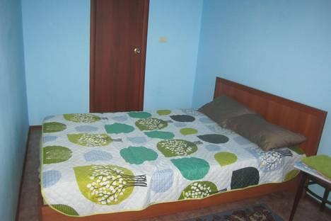 Сдается 2-комнатная квартира посуточно в Орске, проспект Ленина, 8.