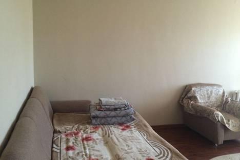 Сдается 1-комнатная квартира посуточно в Астане, улица Акмешыт дом 5.