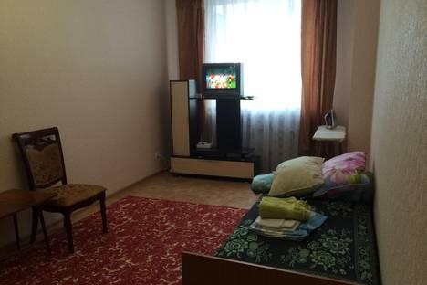 Сдается 1-комнатная квартира посуточно в Астане, улица Акмешыт дом 11.