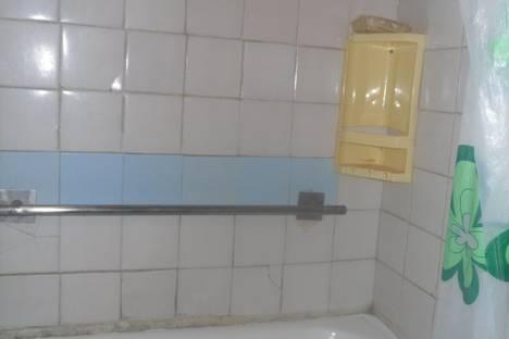 Сдается 1-комнатная квартира посуточно в Глазове, Ленина 11.