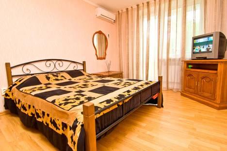 Сдается 1-комнатная квартира посуточнов Коктебеле, улица Крымская, 86.