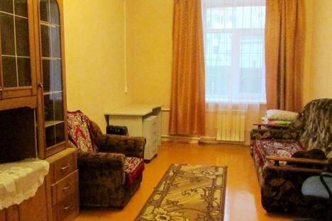 Сдается 3-комнатная квартира посуточно в Костроме, Шагова 15.
