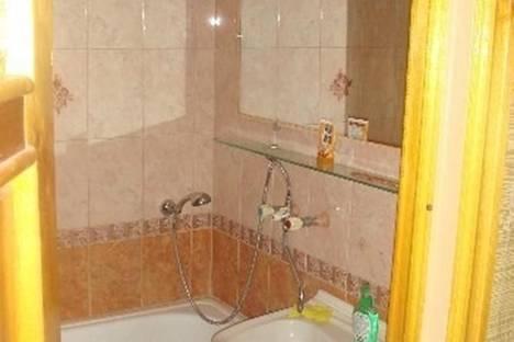 Сдается 2-комнатная квартира посуточнов Воронеже, Моисеева, 63.