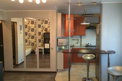 Сдается 2-комнатная квартира посуточно в Орле, ул. Тургенева, 37.