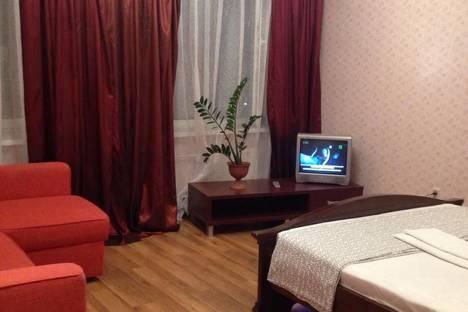 Сдается 1-комнатная квартира посуточно в Казани, ул. Сибгата Хакима, 41.