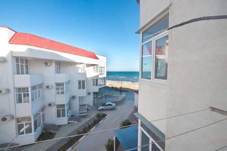 Сдается 1-комнатная квартира посуточнов Коктебеле, Черноморская набережная, 1-В.