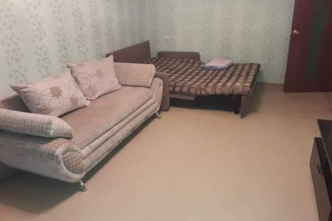Сдается 2-комнатная квартира посуточно в Нижневартовске, 60 лет Октября 76.