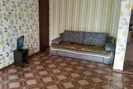 Сдается 2-комнатная квартира посуточнов Уральске, Жунисова, 200.